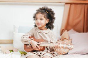 Les bienfaits de l'apprentissage de la musique pour vos enfants (et pour vous)